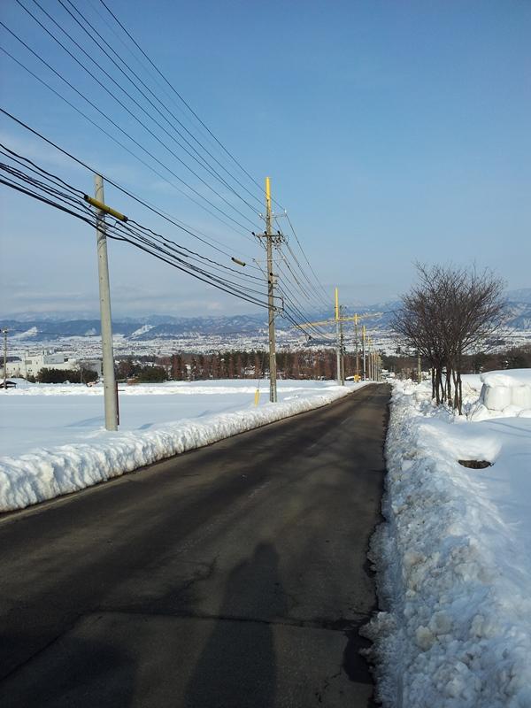 20140219雪道坂画像
