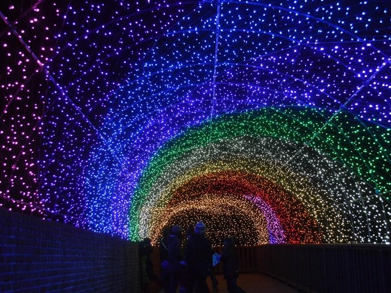 虹のスパイラル 800×600